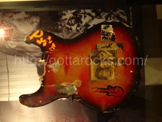 カート コバーン ギターDSC04218